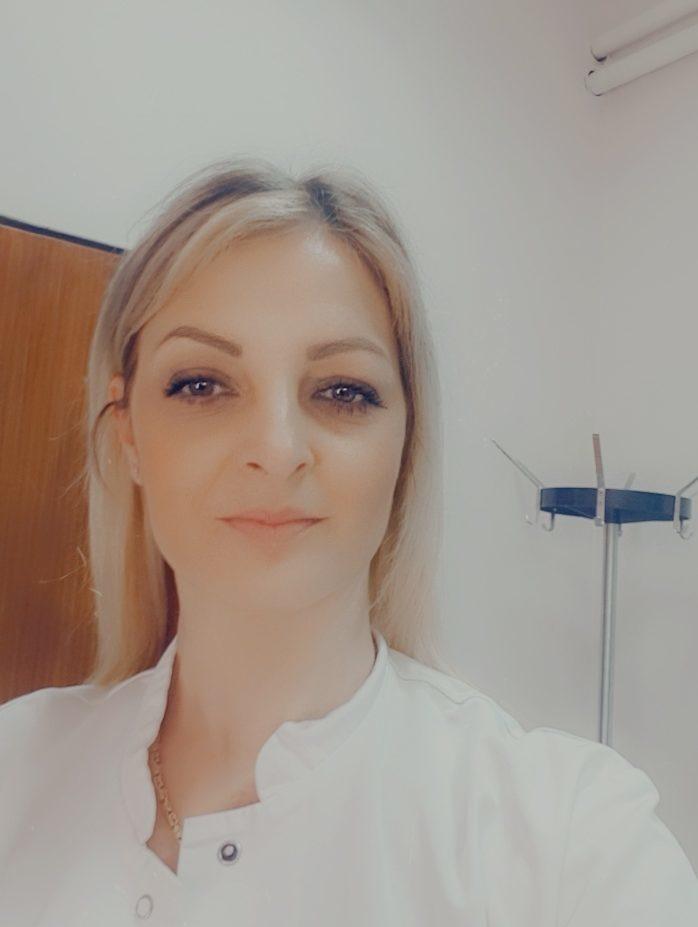 др Ана Радошевић